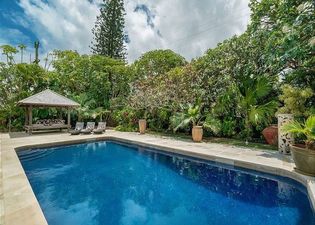 Large One-Story Home With Pool Just Steps to Kailua Beach - Image 1 - Hawaii - rentals
