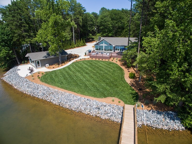 Luxury resort Completely remodeled - Image 1 - Lake Norman - rentals