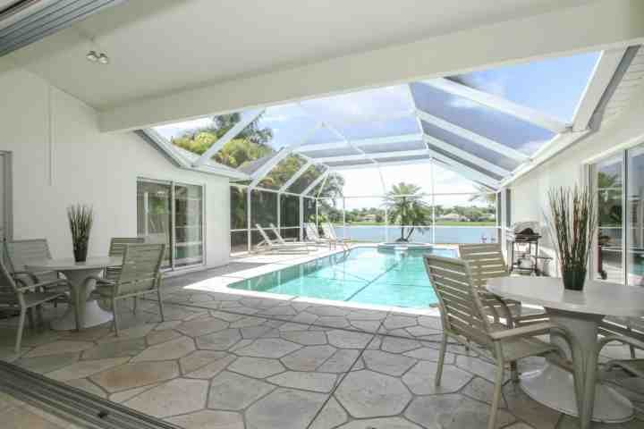 Welcome to this amazing vacation oasis with private heated pool & spa! - Briarwood 3BR/2BA Single Story Home w/Pool/Spa & Amazing Lake Views - Naples - rentals
