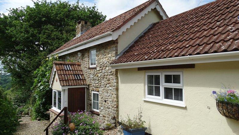 Oak Apple Cottage - Image 1 - Yarcombe - rentals