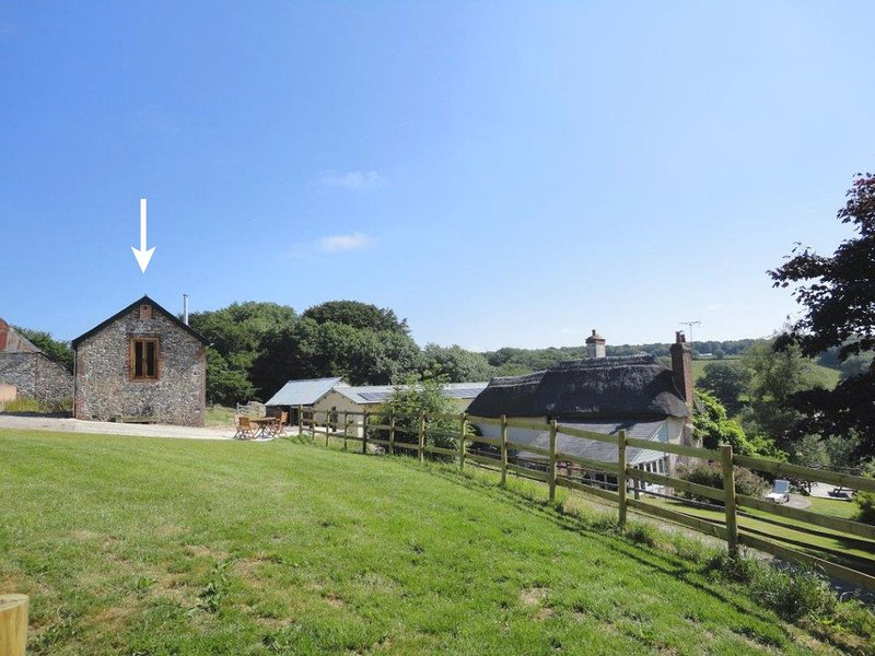 The Old Stable - Image 1 - Sibford Gower - rentals