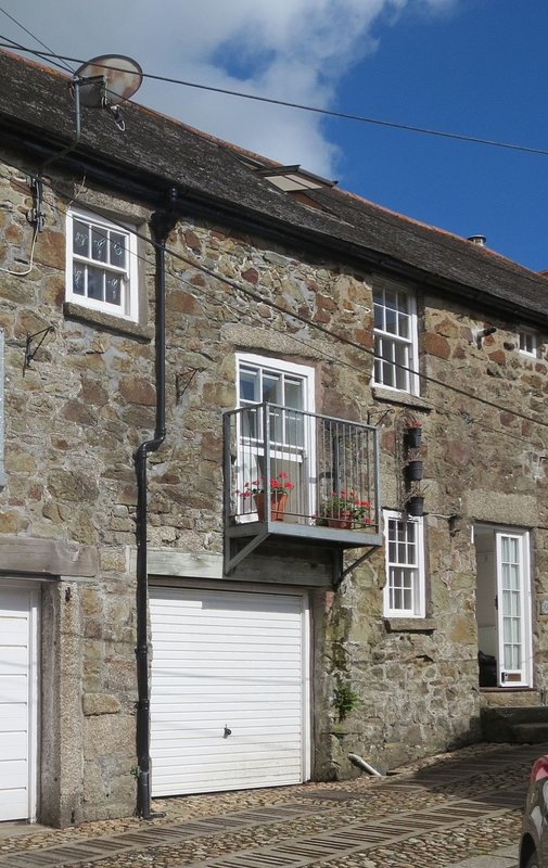 2 Cobbled Ope - Image 1 - Helston - rentals