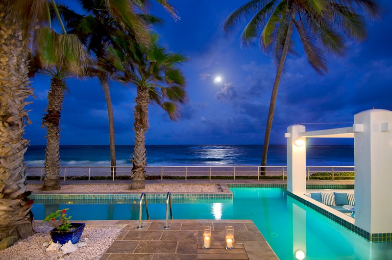 Villa Corinne at night - AAA Prime Oceanfront Villa Corinne + Private Pool - Philipsburg - rentals