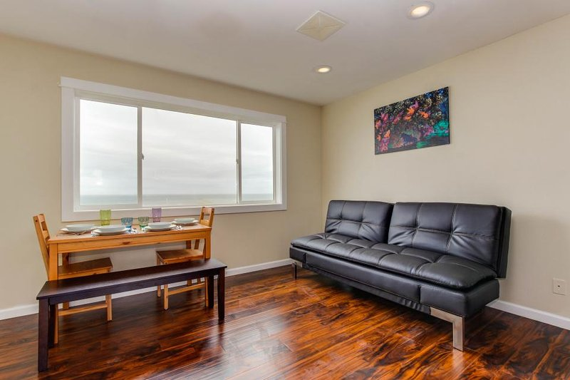 Dog-friendly studio with stunning ocean views & easy beach access! - Image 1 - Lincoln City - rentals