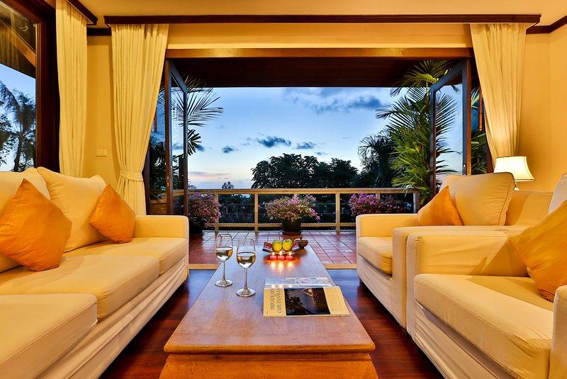 Luxury sea view Villa Kata beach, Phuket, only 10mins walk to the beaches. - Kata view pool villa (E5) at Katamanda villas - Kata - rentals