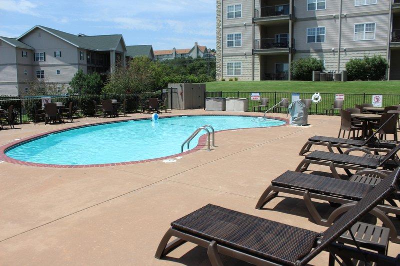 Branson Condo Rental | Thousand Hills | 76 Strip | Pool | Elevator | Golf Views - Image 1 - Branson - rentals