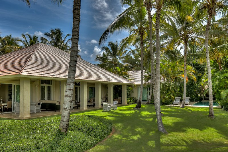 Stunning Golf view 4 Bedroom Villa in quiet and private neighborhood - Image 1 - Punta Cana - rentals