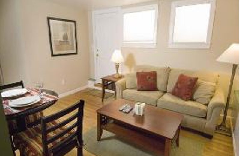 ALLURING AND CLASSY FURNISHED 1 BEDROOM 1 BATHROOM APARTMENT IN PACIFIC HEIGHTS/COW HOLLOW - Image 1 - San Francisco - rentals