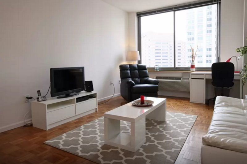CHARMING AND SPACIOUS 1 BEDROOM, 1 BATHROOM APARTMENT - Image 1 - Jersey City - rentals