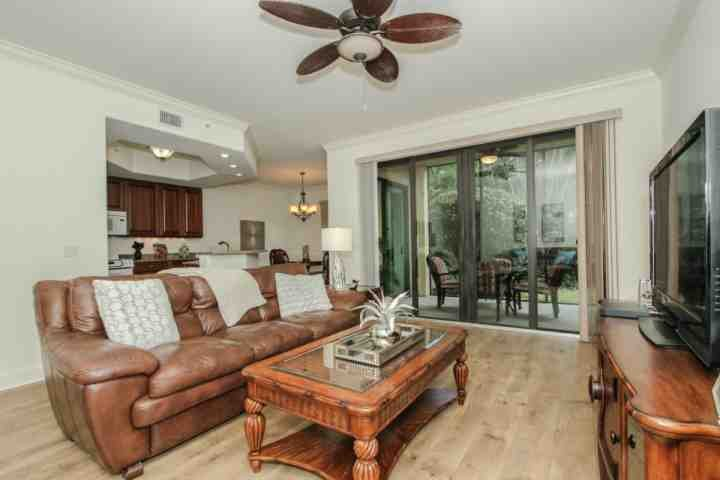 Very rich tones in this well decorated, upscale 1st floor unit backing to private lush garden space. - Cottages at Naples Bay Resort 2BR/2BA, WELL STOCKED Ground Floor Condo w/Private Screened Lanai - Naples - rentals