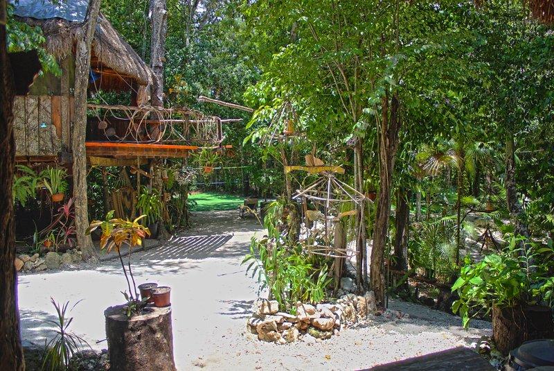 Gran Villa para 16 personas con Cenote Privado. - Image 1 - Cancun - rentals