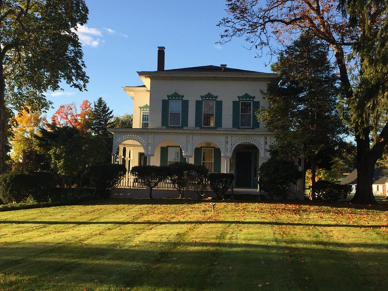 Mansion & Private 3.5 Acre Estate - Image 1 - Bloomfield - rentals