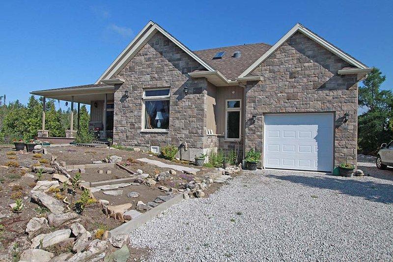 Meadows cottage (#1098) - Image 1 - Lion's Head - rentals