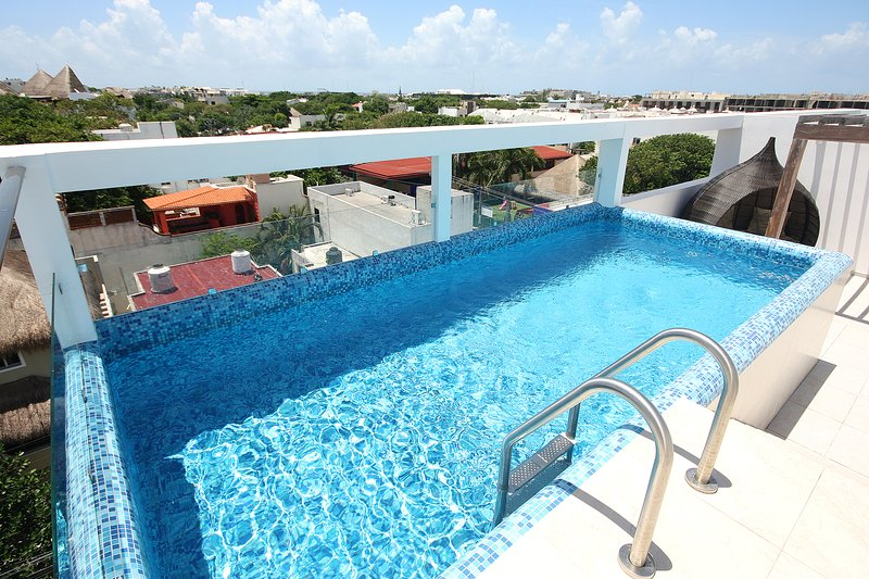 Pool with an awesome view of the city - Brand New Condo, Good Location, Ideal for 6 - Playa del Carmen - rentals