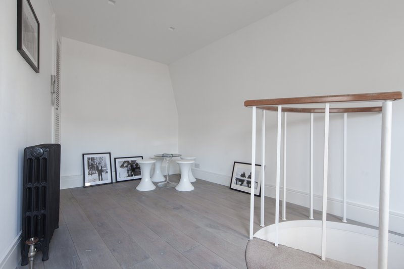 Ebury Mews - Image 1 - London - rentals