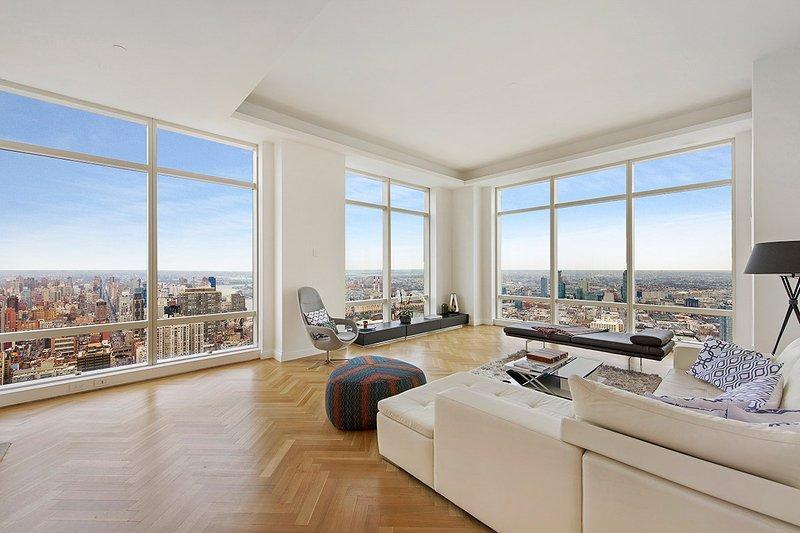 Midtown PH, Sleeps 5 - Image 1 - New York City - rentals