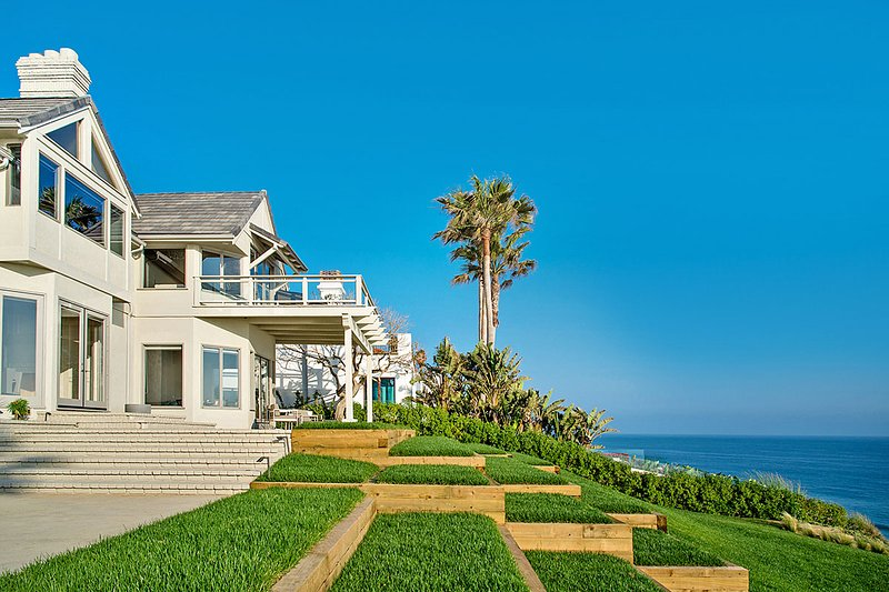 Birdview Tennis Estate, Sleeps 10 - Image 1 - Malibu - rentals