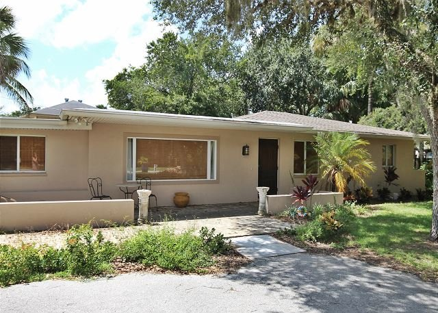 206 Connecticut Street - Image 1 - Fort Myers Beach - rentals