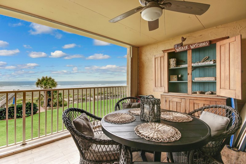 Great oceanfront view from the large porch - OCEANFRONT Amelia Island FLORIDA Fernandina Beach - Fernandina Beach - rentals