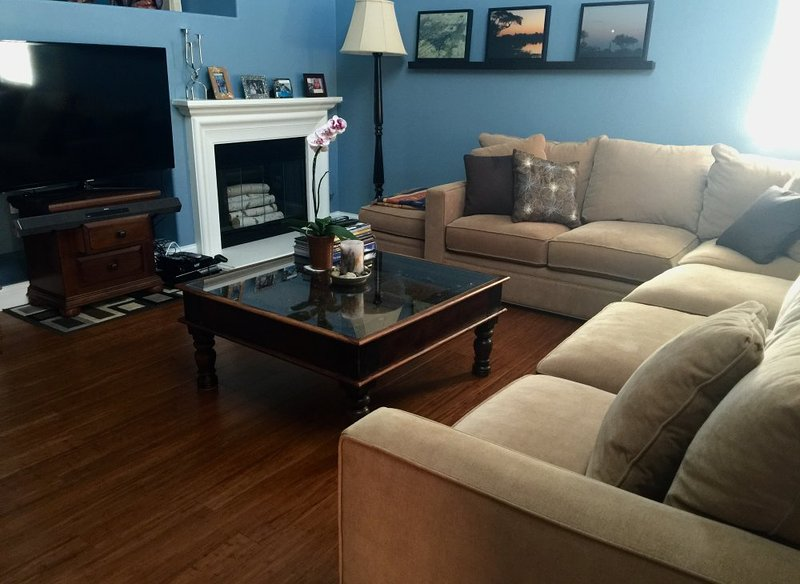 Furnished 3-Bedroom Townhouse at Seasons & Stepping Stone Irvine - Image 1 - Irvine - rentals