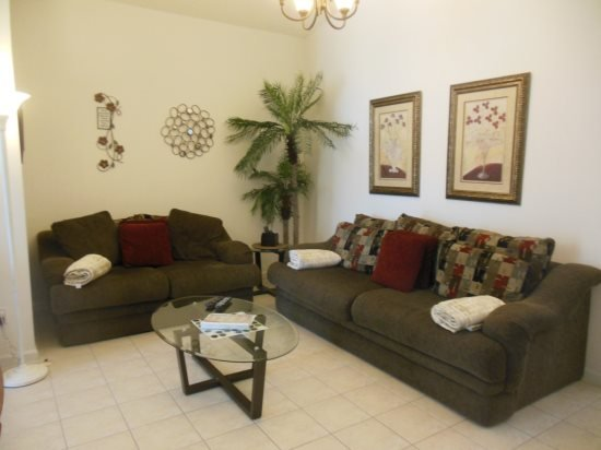 Stunning 3 Bedroom 2 Bath Pool Home Located in the Gated Mission Park. 3126ED - Image 1 - Clermont - rentals