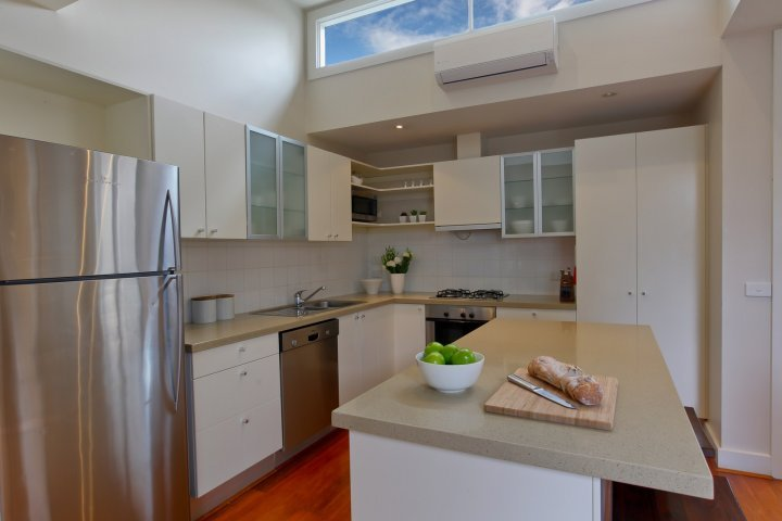 Heath Terrace 7 night minimum stay - Image 1 - Melbourne - rentals