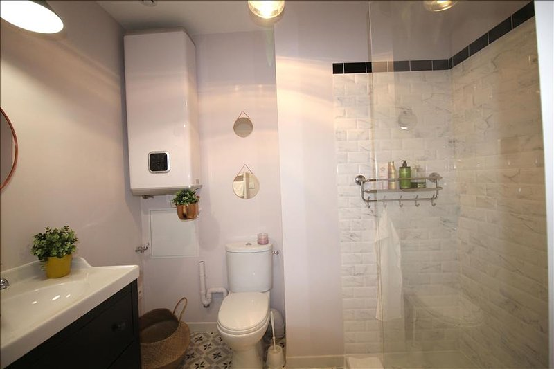 Observance - Apartement in the Heart of Bordeaux - Image 1 - Bordeaux - rentals