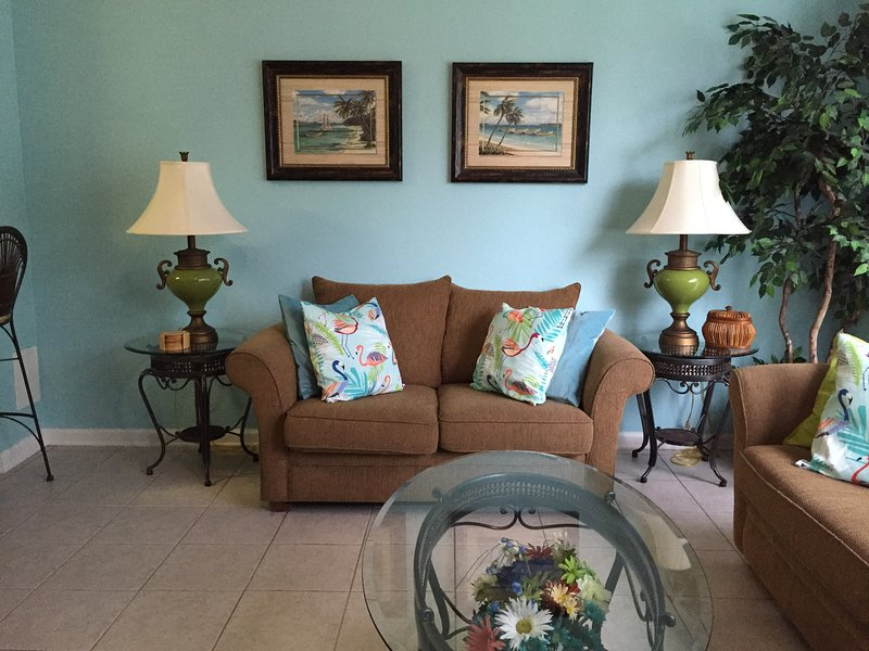 Living Room. Spacious and comfortable. - Close2theMagic 3br/3ba Townhouse Windsor Hills - Kissimmee - rentals