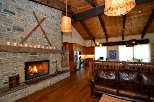 9 Bed Blue Mountain Luxury Chalet - Image 1 - Blue Mountains - rentals