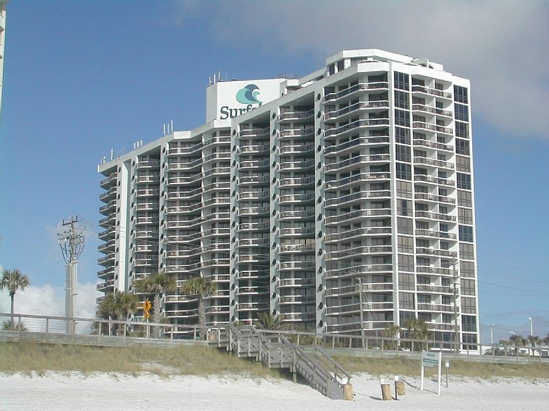 Surfside Resort from the beach side - Special April 21 -29 *Family Vacation Destin-Ation Spot  in Destin* :)) - Miramar Beach - rentals