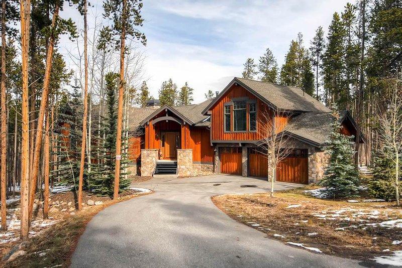 Blue Spruce Lodge - Private Home & Private Shuttle - Image 1 - Breckenridge - rentals