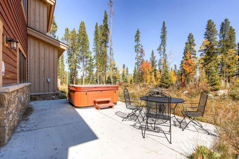 Lone Hand Lodge - Private Home - Image 1 - Breckenridge - rentals