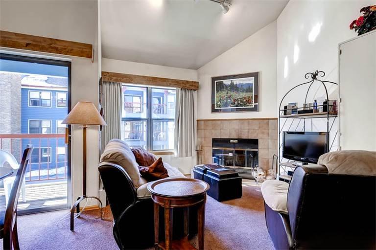 Convenient Breckenridge Studio Ski-in - RE305 - Image 1 - World - rentals