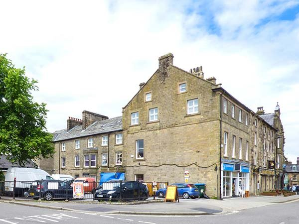 12 EAGLE PARADE, apartment, four bedrooms, WiFi, in Buxton, Ref 936516 - Image 1 - Buxton - rentals