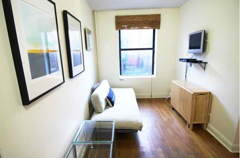 ADORABLE, COZY AND CLEAN 1 BEDROOM, 1 BATHROOM APARTMENT - Image 1 - New York City - rentals