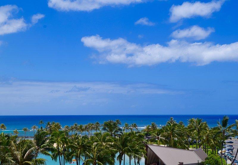 Ocean view/beach front upgraded condo at Ilikai - Image 1 - Honolulu - rentals
