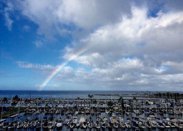 Ocean & yacht harbor views!  Walk to beach, shops, restaurants!  Sleeps 4. - Image 1 - Waikiki - rentals