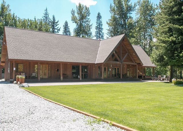 Private  8.5 acres, hot tub and much  mins to Leavenwoth - Image 1 - Leavenworth - rentals