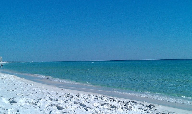 Surfside Resort Beach Emerald Green Waters and Pristine White Sand - *Family Vacation Destin-Ation Spot  in Destin* :)) - Miramar Beach - rentals