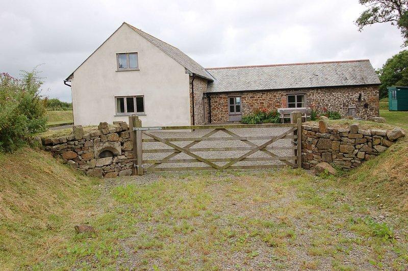 Widehay Barn - Image 1 - South Molton - rentals