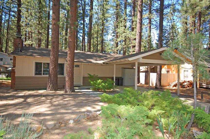 Exterior - 2523 Bertha Avenue - South Lake Tahoe - rentals
