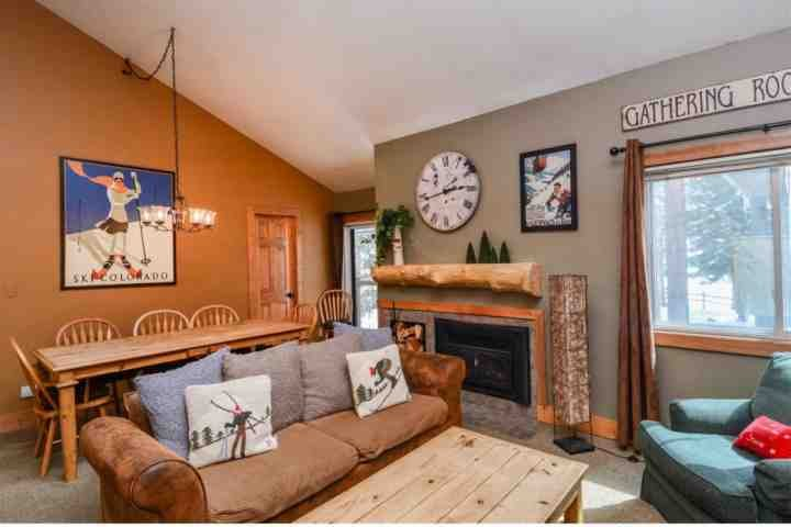 Comfortable Living And Dining Near Fireplace WithA Great View - Keystone Village Forest Neighborh'd Overlooks Pool. Book Now For Fall Foliage, Holidays, Ski Season - Keystone - rentals