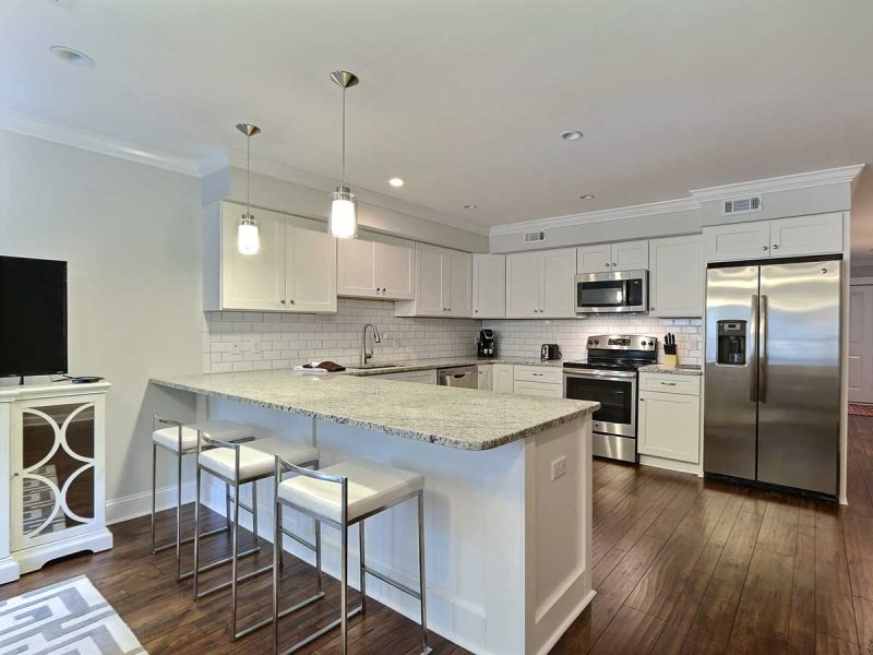 Elegant, Modern Town-Home in the Heart of Downtown! - Image 1 - Savannah - rentals
