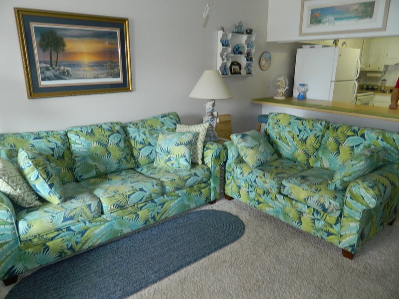 Tropical Furniture - Spotless Condo with Pool & Direct Beach Access! - North Myrtle Beach - rentals