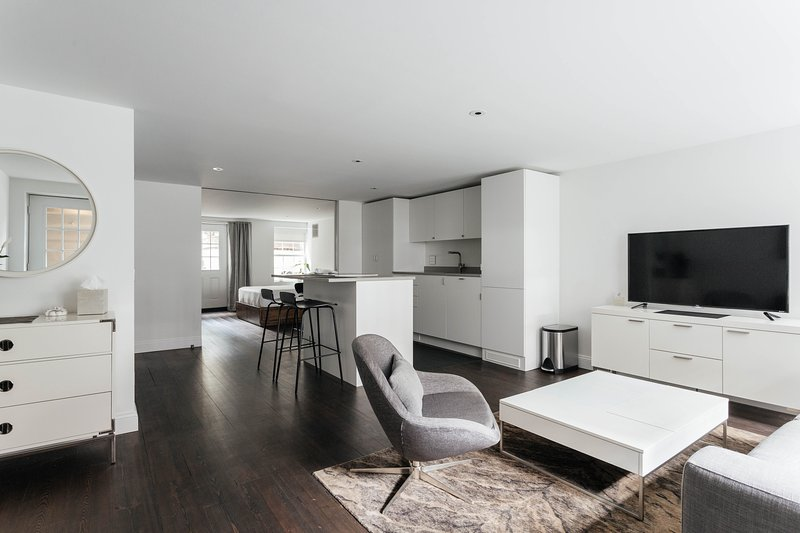 onefinestay - West 19th Street private home - Image 1 - New York City - rentals