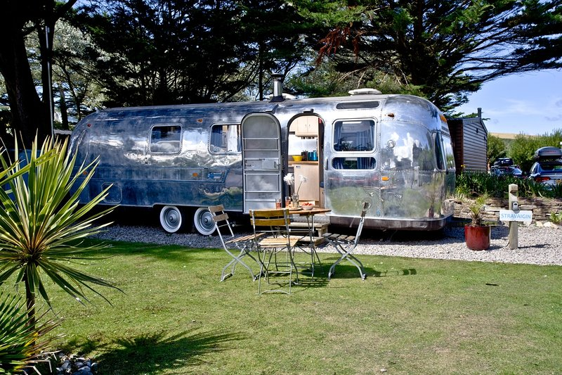 Stravaigin, Airstream, The Park  located in Newquay, Cornwall - Image 1 - Newquay - rentals