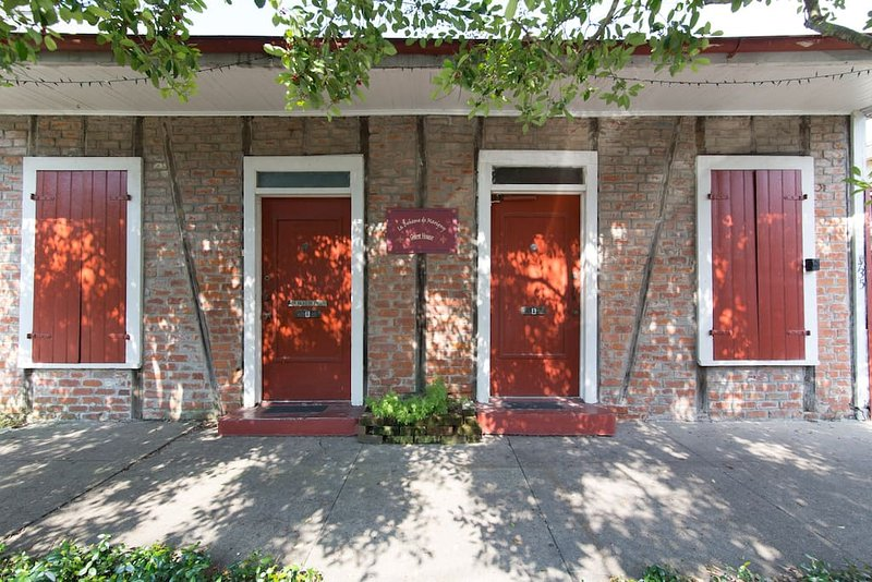 Boheme de Marigny - Street View - Historic Creole Cottage in Hip Marigny Triangle - New Orleans - rentals