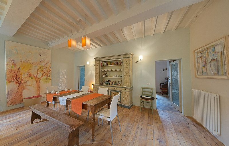 Cortona Concerto- In Cortona Centre, Lovely Artistic Apartment near Gardens, 1 Bedroom - Image 1 - Cortona - rentals
