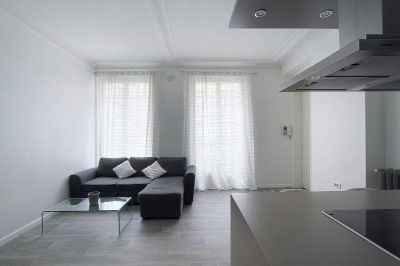 Two-Bedroom Furnished Suites Near Arc de Triopmhe - Image 1 - Paris - rentals