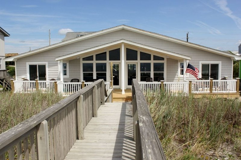Exterior Oceanfront - Big Pelican - Emerald Isle - rentals